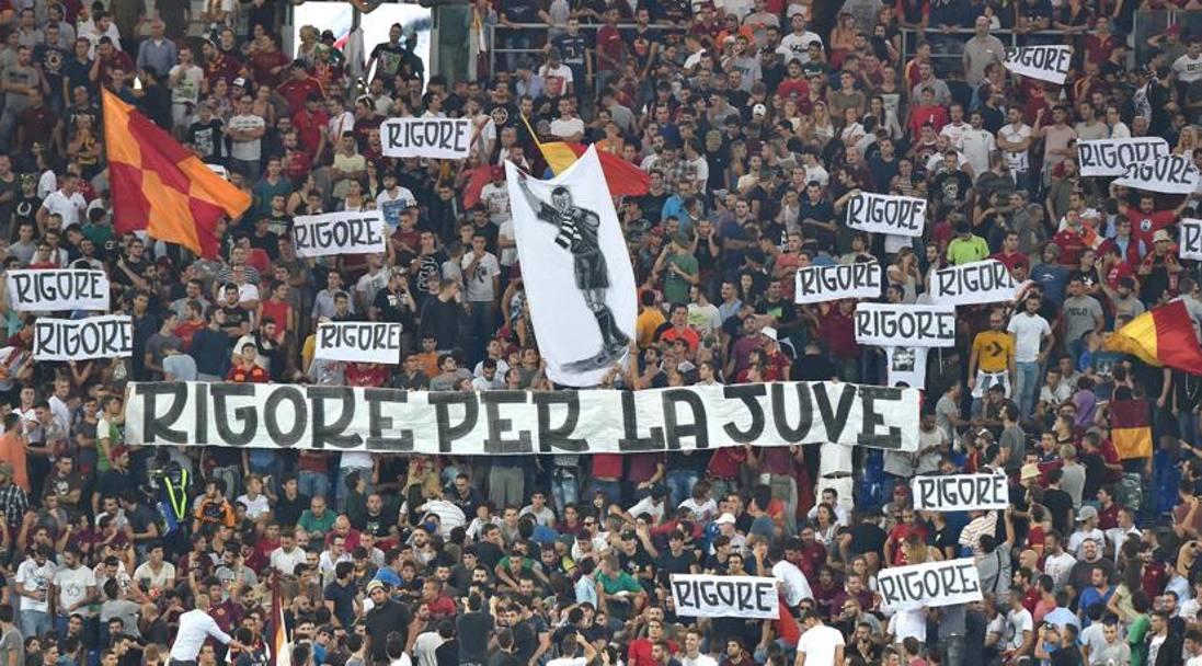 Insulti e striscioni contro la Juve: All'Olimpico